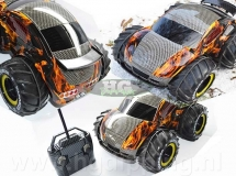 Bestuurbare auto in vlammen en carbon