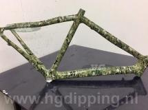 Fietsframe met hydro-graphics camo dip