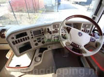 Hout look scania interieur