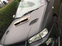 Subaru met stickerbomb